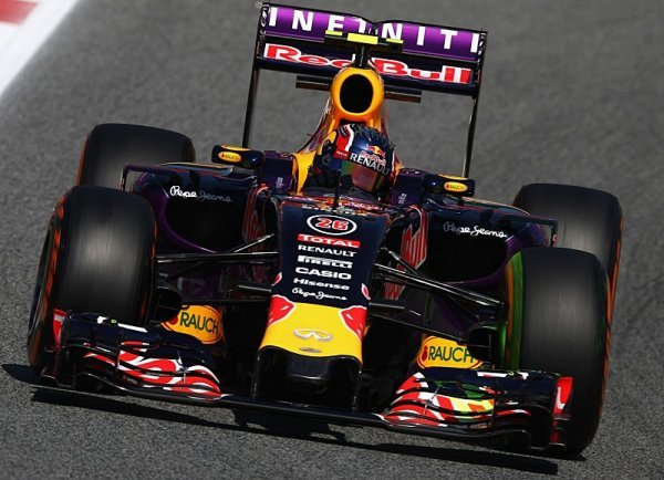 Red Bull: Renault dělá pokroky