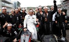 Alonso navštívil sídlo týmu Toyota Motorsport