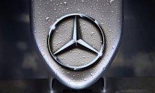 Motor Mercedesu je téměř celý nový