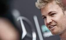 Hamilton nejezdí lépe, tvrdí Rosberg