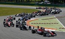 Třetí závod F3 v Monze vyhrál Callum Ilott