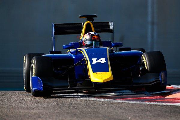 Kari s MP Motorsport ovládli první den