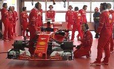 Vettelova převodovka přežila náraz