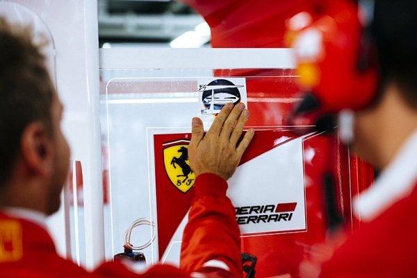 Vettel schytal další ránu, myslí na Ferrari