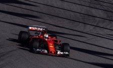 Vettel se po kolizi obává o převodovku