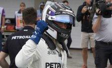 Lewis Hamilton ve třetím kole kvalifikace havaroval