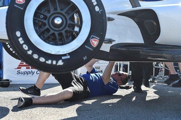 Continental se tlačí do IndyCar, chce nahradit Firestone