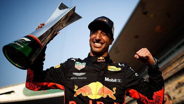 Ricciardo děkuje mechanikům