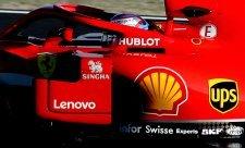 Proč to Ferrari kouří?