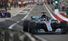 Hamilton prý závod prohrál v úvodních kolech