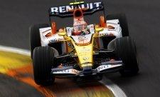 Prost: Renault téměř odešel