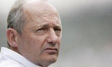 Potvrzeno: Převrat v McLarenu úspěšný, Dennis odchází