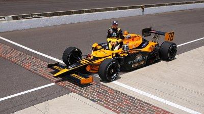 Ženský tým nasadí De Silvestrovou do Indy500