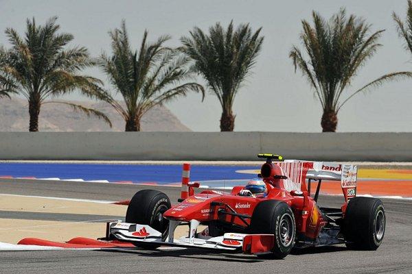 Alonso s Massou vybojovali na úvod double pro Ferrari