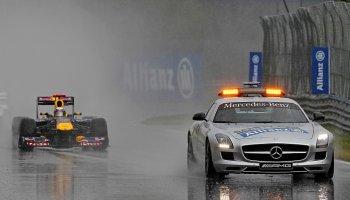Bláznivý závod v režii safety caru