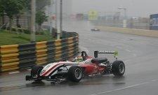 Po první kvalifikaci nejrychlejší Merhi