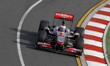 Druhý trénink patřil dvojici McLarenu, nejrychlejší Button