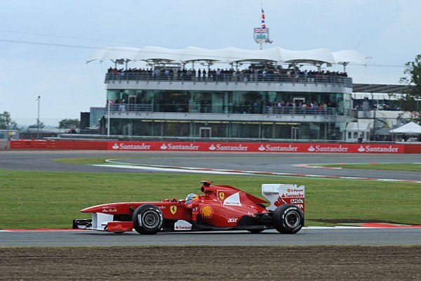 Fernando Alonso si připsal své první letošní vítězství
