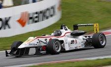 Rosenqvist a Buller v Rakousku na pole position