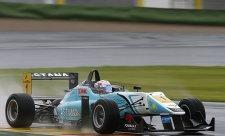 Ve Valencii na pole position Marciello a Juncadella