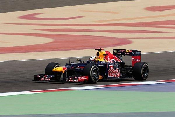 Vettel si v Bahrajnu připsal první letošní pole position!