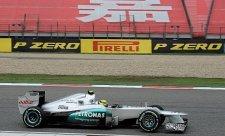 Rosberg vyjel pro sebe a Mercedes první pole position!