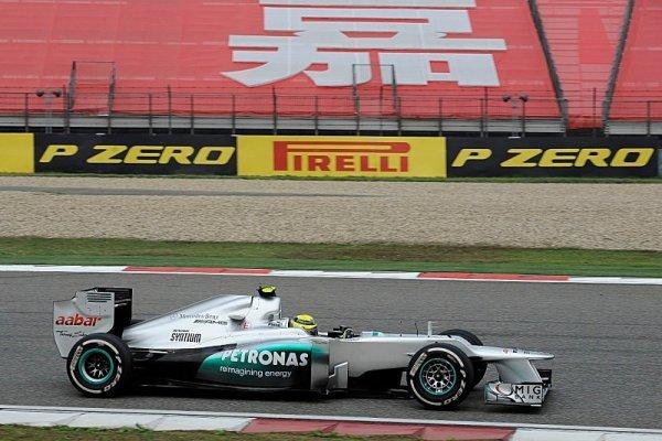 Rosberg přetavil pole position ve své první vítězství!