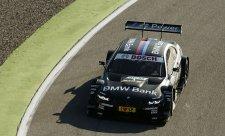 BMW v prvních dvou řadách, na pole position Spengler