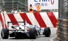 Rosenqvist v Makau prozatím na pole position