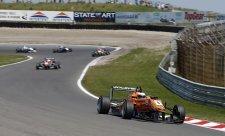 Rosenqvist podruhé v kariéře vyhrál F3 Masters