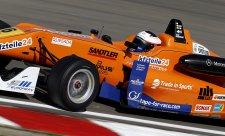 Dvakrát na pole position Rosenqvist, jednou Kvyat