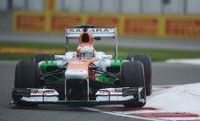 V navlhlém úvodním tréninku nejrychlejší di Resta