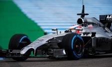 Druhý den v čele Button, Renault v problémech