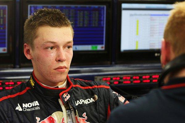 Změny v Toro Rosso mají pomoci Kvjatovi