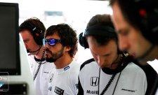 Alonso si myslel, že drží klíče od přestupového kolotoče