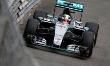 Pole position vybojoval Hamilton
