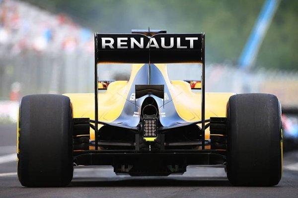 Renault dohodne partnerství s BP, Total odchází