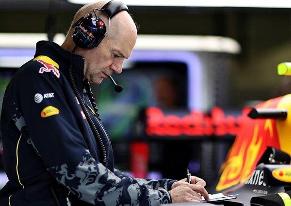 Ricciardo dostane penalizaci, potvrdil Newey