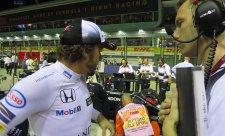 Alonso chvíli snil o stupních vítězů