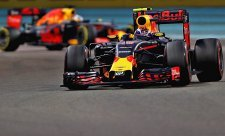 Ricciardo by chtěl Verstappenovu strategii