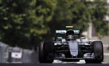 FIA bude trestat porušení omezení radiokomunikace