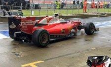Jezdci Ferrari chtějí lepší mokré pneumatiky