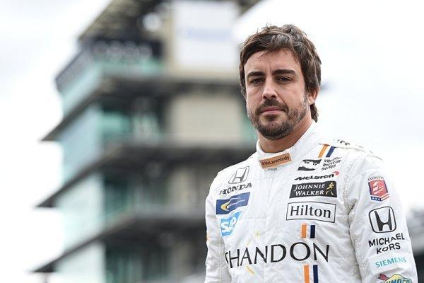 Alonso a McLaren do IndyCar v roce 2019?