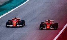 Jezdci Ferrari důvěřovali vozu, ale ne pneumatikám