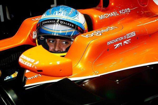 Palmer ztratí 20 a Alonso dokonce 35 míst