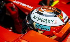 Räikkönen nejrychlejší, Kubica zvládl sto kol