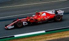 Räikkönen a Vettel měli odlišná selhání pneumatik
