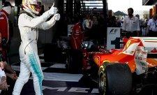 Hamilton raději poráží Ferrari než Rosberga