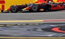 Verstappen s Alonsem závodí v odstupování ze závodů