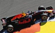 Red Bull prozradil problémy Renaultu